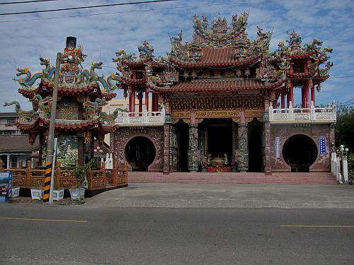 Small suburban temple near Tainan