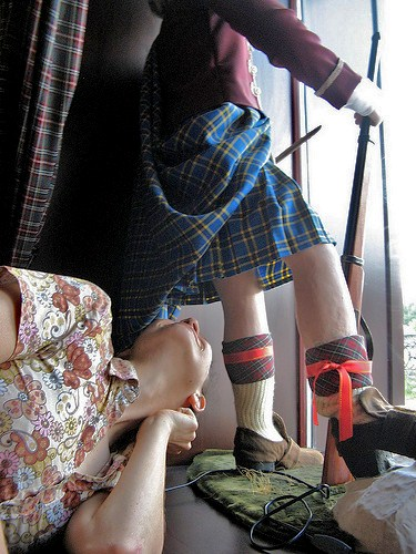 Lari comes to terms with what a Scottish midget wears under their kilt...