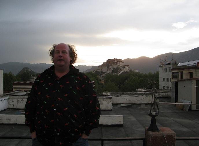 Lhasa Sunset with some Australian idiot